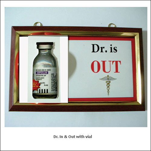 Dr.-In-&-Out-with-vial