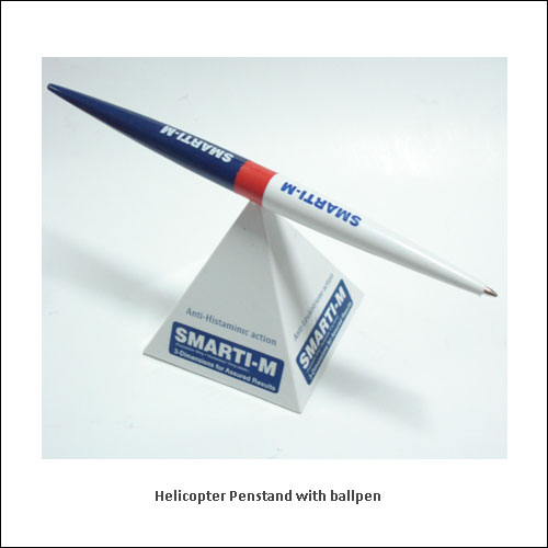 Helicopter-Penstand-with-ballpen