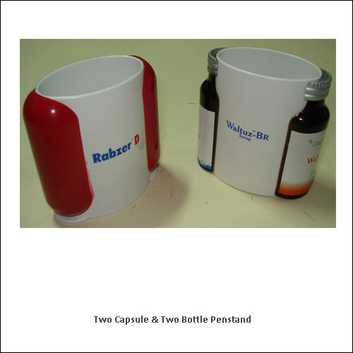 Two-Capsule-&-Two-Bottle-Penstand---low-resolution